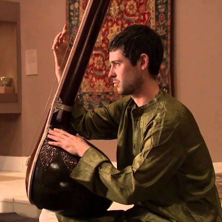 Tanpura being played by a musician